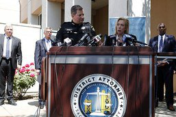 """Le tueur en série du """"Golden State"""" écroué après 40 ans d'enquête"""