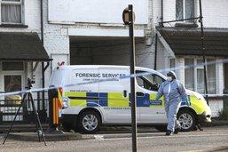 Deux garçons de 13 et 15 ans blessés par balles à Londres