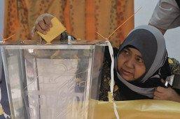 Ouverture du scrutin pour les élections législatives en Malaisie