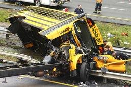 Accident d'un car scolaire dans le New Jersey: deux morts