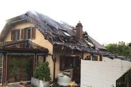 Une villa prend feu à Nuvilly (FR): grill à gaz en cause