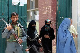 La justice afghane continue de négliger les femmes