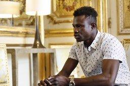 Le migrant malien qui a sauvé un enfant a été régularisé