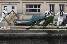 Un millier de migrants évacués de campements à Paris