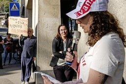 En grève, les éducateurs manifestent