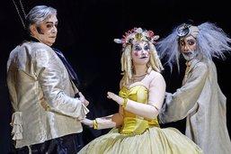 Les deux opéras fusionnent