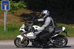 Un motard surpris à 157 km/h à Semsales