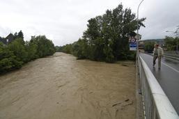 Une famille piégée par la montée des eaux à Alterswil