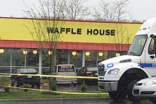 Nashville: un tireur à moitié nu tue quatre personnes