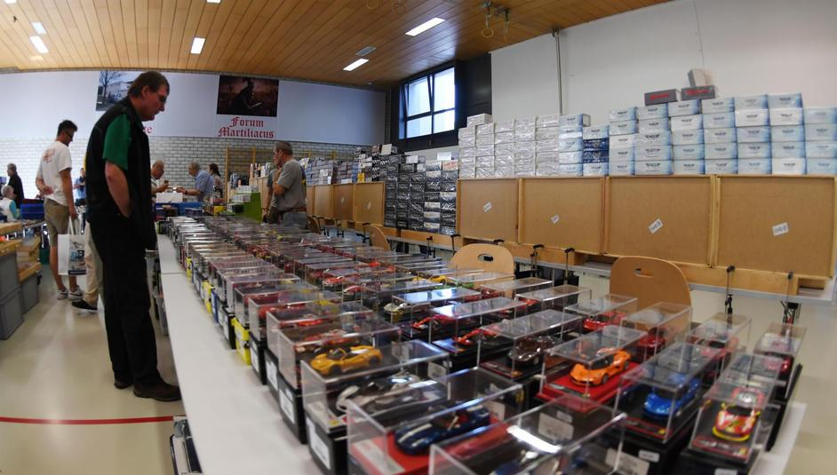 Bourse du club Fanas minis autos fribourgeois