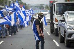 Nicaragua: chaîne humaine pour demander le départ du président