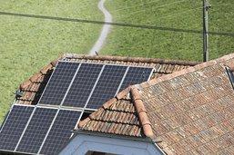 Moins de nouvelles grandes installations solaires en 2017