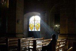 Un célèbre curé chilien emprisonné pour agression sexuelle