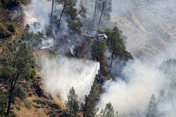 Un incendie gagne du terrain près du parc national de Yosemite