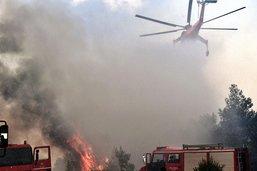 Le bilan des incendies en Grèce monte à 80 morts