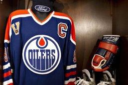 Un maillot original de Wayne Gretzky aux enchères
