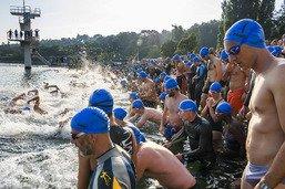 Un millier de participants à la 3e traversée du lac à la nage