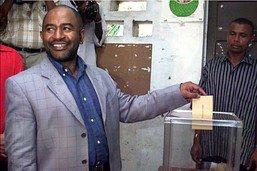 Boycott du référendum renforçant les pouvoirs du président aux Comores