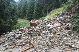 Coulées de terre dans les Grisons à cause des orages