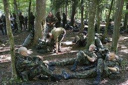 Tenue allégée et exercices au frais pour protéger les militaires
