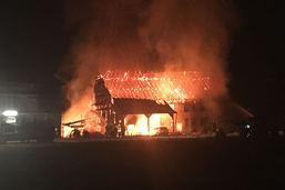 Ferme détruite par les flammes à Fétigny