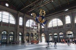 """Restauration de l'""""Ange protecteur"""" de Niki de Saint Phalle"""