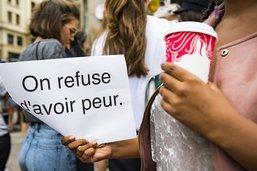 Rassemblement d'indignation après l'agression de cinq femmes