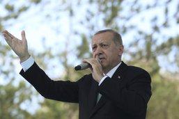 """Erdogan jure de braver les """"menaces"""" étasuniennes"""