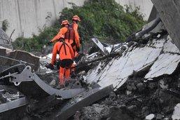 L'Italie entre état de choc et colère après la catastrophe de Gênes