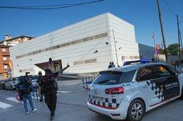 Commissariat espagnol attaqué, la police parle d'un acte terroriste