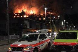 Un bâtiment risque de s'effondrer après un feu à Zurich