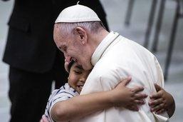 Homosexualité: le Vatican corrige la déclaration du pape