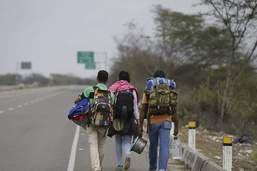 Des Vénézuéliens rentrent du Pérou dans un avion envoyé par Maduro