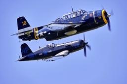 Dans l'antre des fous d'avions anciens