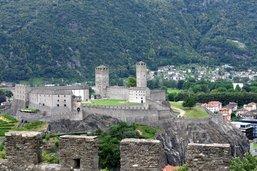 Trois châteaux pour dire Bellinzone