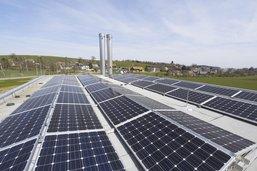Des panneaux photovoltaïques sur les bâtiments de l'Etat