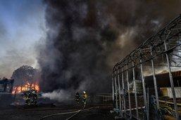 L'intervention des pompiers se poursuit à Bulle