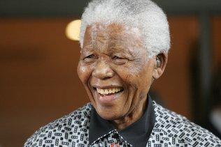 Des documents confidentiels sur Mandela rendus publics