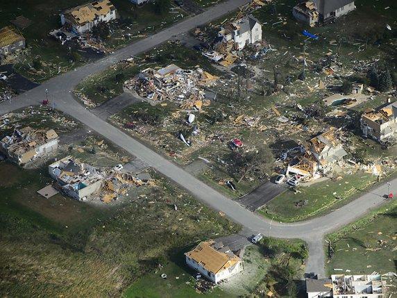 Des quartiers entiers ont été ravagés par la tornade à Dunrobin