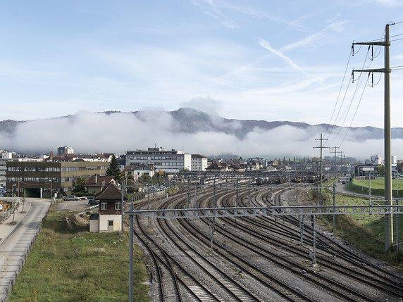 La Gare De Delemont Devrait A Nouveau Etre Desservie Par Les Trains Directs Entre Geneve Et Bale Lhorizon 2035 Selon Le Message Du Conseil Federal