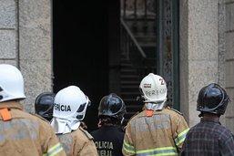 Poursuite des fouilles dans les décombres du musée national de Rio