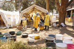 La police interdit les rassemblements à Harare à cause du choléra