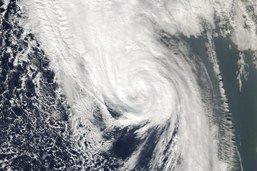 Un ouragan catégorie 3 dans le Pacifique en route vers le Mexique