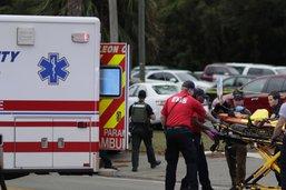 Un tireur fait deux morts et trois blessés en Floride