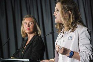 """Sommet """"historique"""" de femmes ministres des affaires étrangères"""