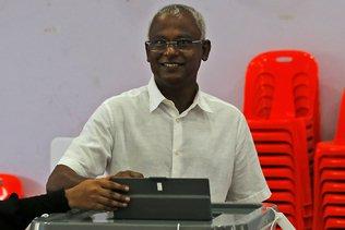 Maldives: le chef de l'opposition revendique sa victoire à la présidentielle