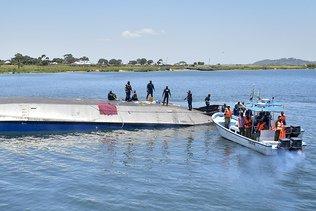 Le bilan du naufrage d'un ferry en Tanzanie passe à 224 morts