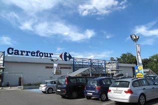 Carrefour dément avoir approché Casino