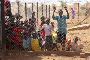 Réfugiés: un médecin sud-soudanais lauréat du Prix Nansen