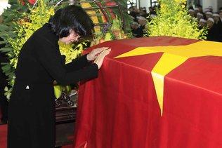 Des centaines de personnes rendent hommage au président vietnamien
